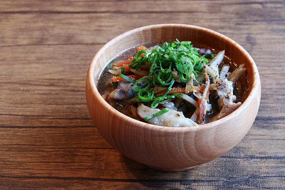 沢煮風ごぼうと鶏肉のお味噌汁