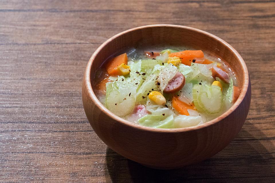 野菜たっぷりなお味噌汁