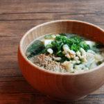 揚げ玉(天かす)とすりごまのお味噌汁