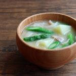 アスパラガスと旬野菜のお味噌汁