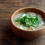 うずまき麩と豆腐のお味噌汁