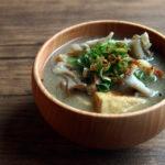 舞茸と厚揚げのお味噌汁