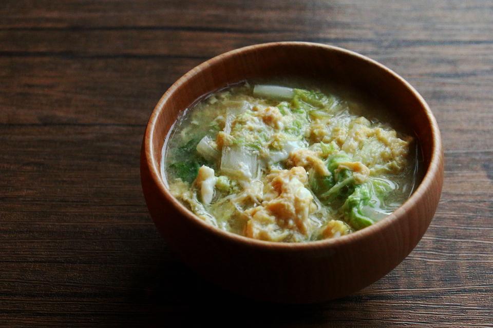 白菜の卵とじお味噌汁